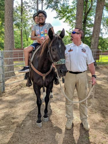 Another organization that Les has worked closely with for many years is the Horses for Handicapped